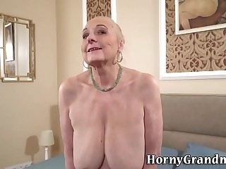 Busty granny gets eaten out pussy creampied
